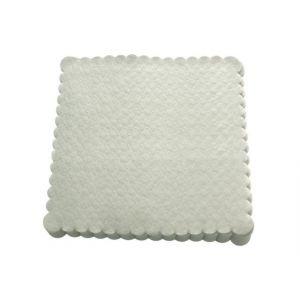 Serwetki 15x15 ząbkowane białe, opakowanie 200 sztuk