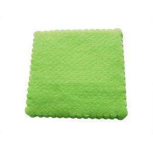 Serwetki 15x15 ząbkowane jasnozielone, poakowanie 200 sztuk